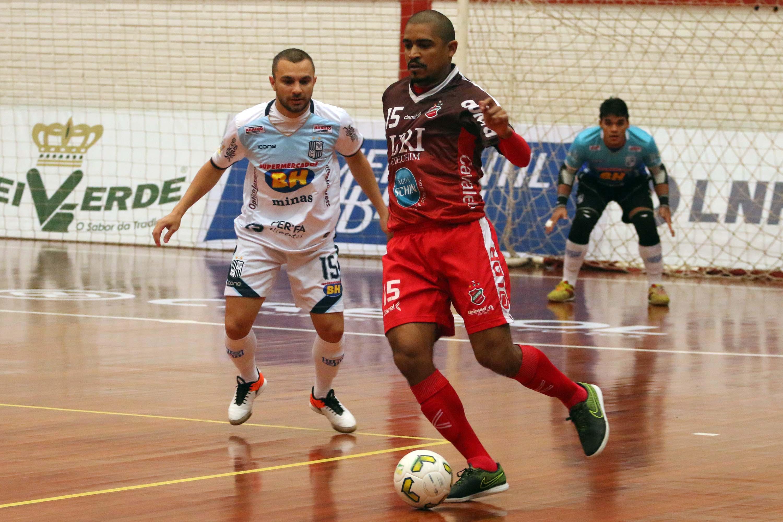 ac3fa19e88 Atlântico vence e vai à vice-liderança da Liga Futsal. Atlântico x Minas ...